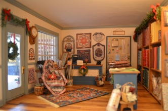The shop was featured in the Miniature Quilts magazine.