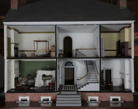 Dollhouse version of Historic Kenmore