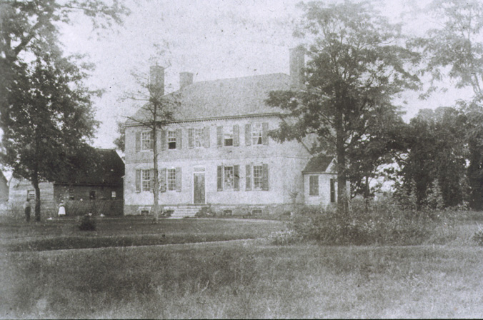 Kenmore sometime before the end of 1862.  The wooden structure to the mansion's left is the kitchen, which would be destoryed during the Battle of Fredericksburg.