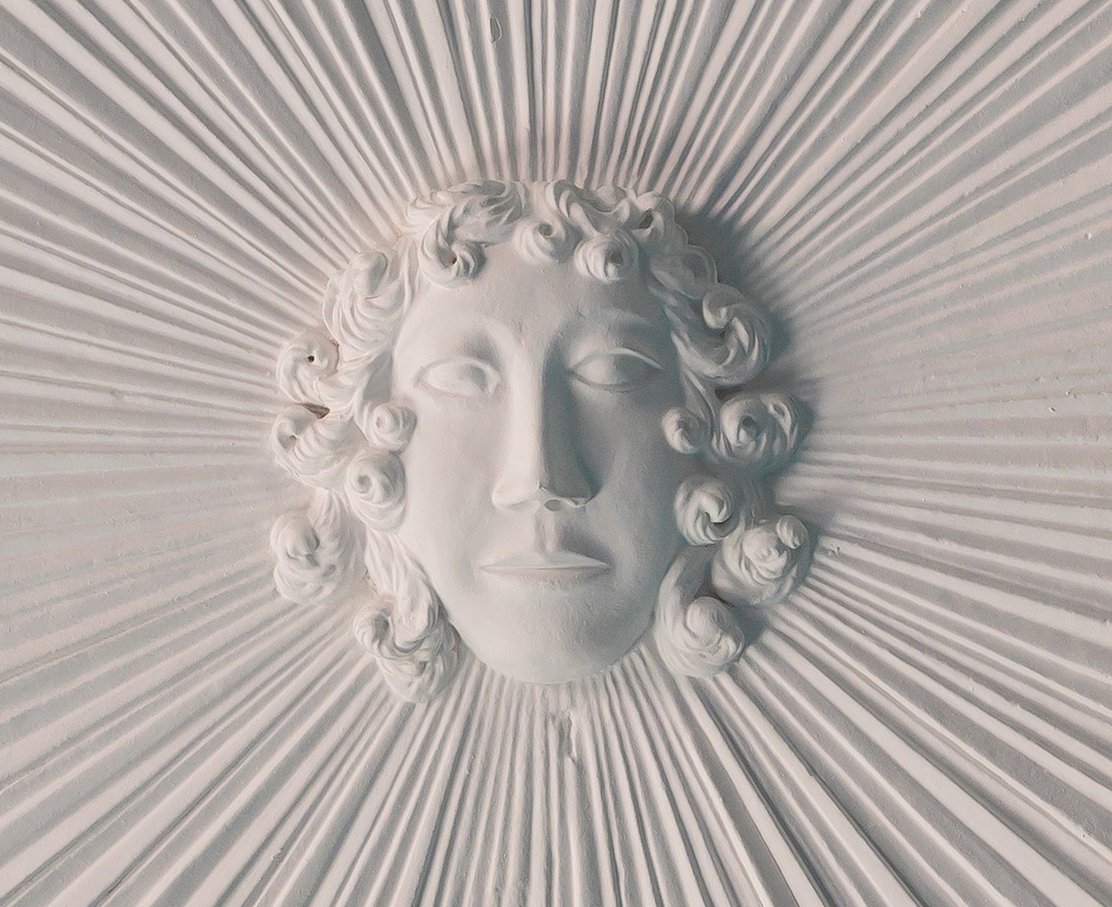 apollo-on-chamber-ceiling