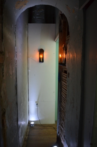 Visitors entered spaces not usually open to regular tours. Enslaved people used this narrow passage to travel between the bedchamber, where Betty Washington Lewis ran the household, to the dining room and outdoor kitchen.