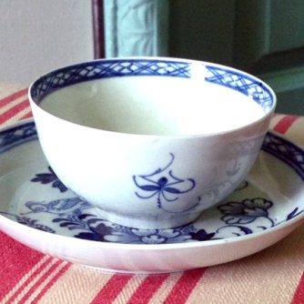 Porcelain Teabowl dating from 1765-1768 and made by Philip Christian & Co. in Liverpool, England.