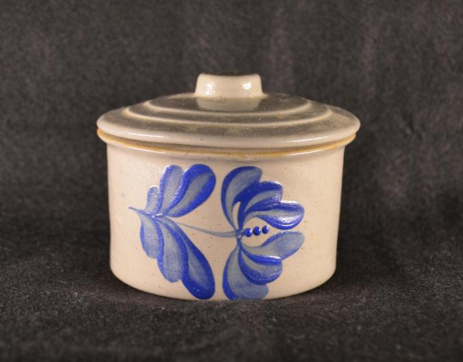 Colonial Revival Ceramics 1