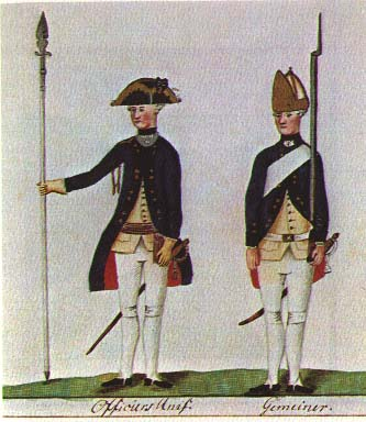 An officer and private in Hessen-Kassel Army's Fusilier Regiment von Knyphausen