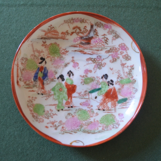 Famille rose reproduction plate in the Washington house.