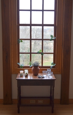 Sprigged windows in the Washington house.