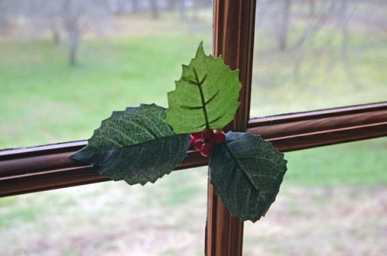 Sprigged window in the Washington house 3