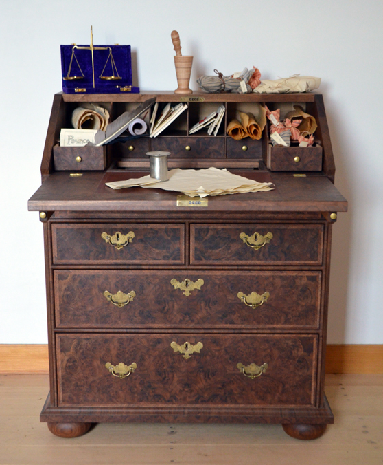 Mary's Desk 1