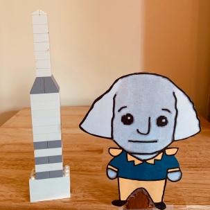 Little George visits Washington Monument